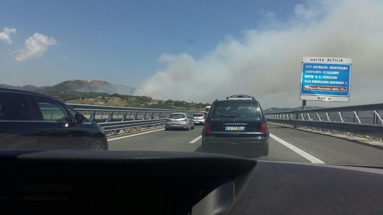 Reggio Calabria, tragedia sulla A2: un uomo si toglie la vita gettandosi da un viadotto