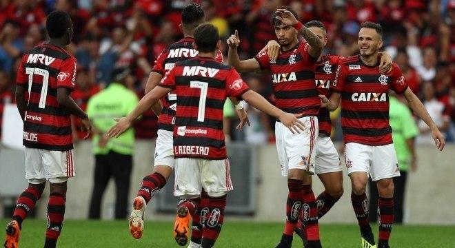 Flamengo terá a volta de Diego para jogo contra o Athletico PR