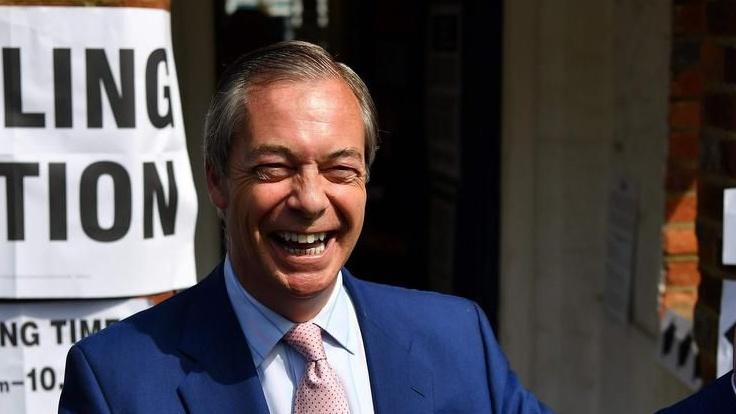 Nigel Farage torna in vista delle elezioni del Parlamento Europeo
