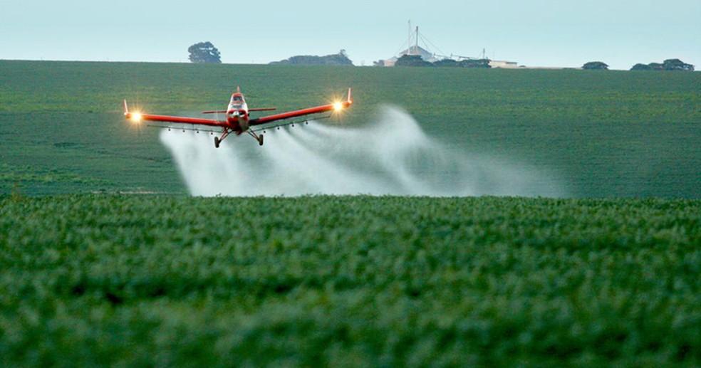 Desde 2005 Brasil não liberava tanto o uso de agrotóxicos