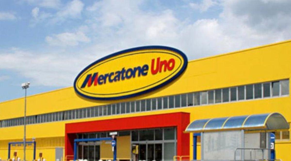 Mercatone Uno fallisce: 1800 dipendenti licenziati con un msg su ...