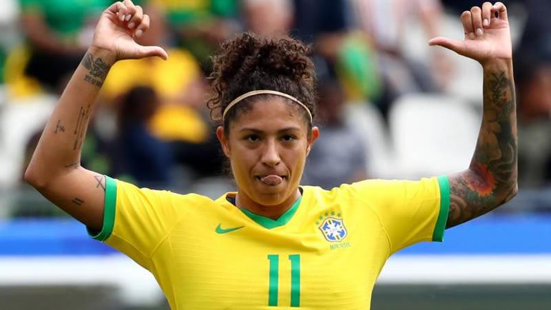 Com três de Cristiane, Brasil estreia na Copa do Mundo com vitória sobre a Jamaica