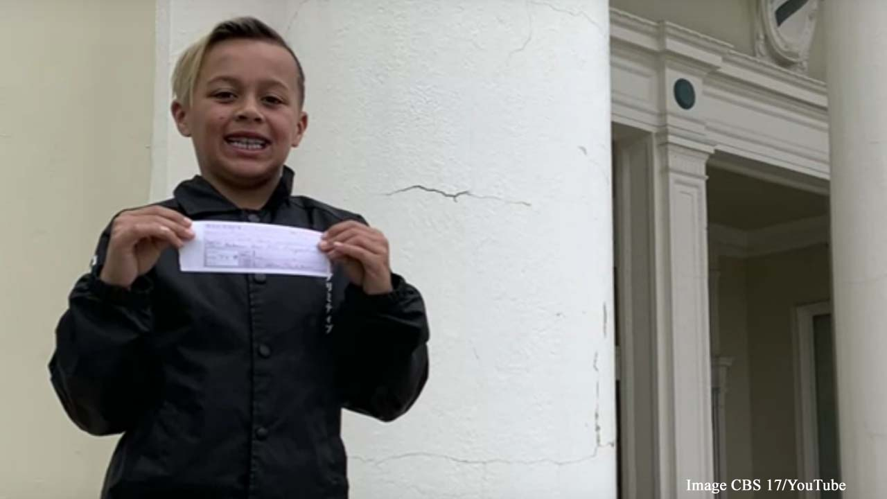 9-year-old boy used allowance to pay school lunch debt for his entire third-grade class