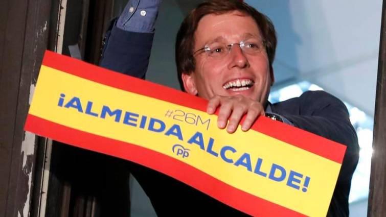 Almeida será alcalde de Madrid con el apoyo de Cs y Vox