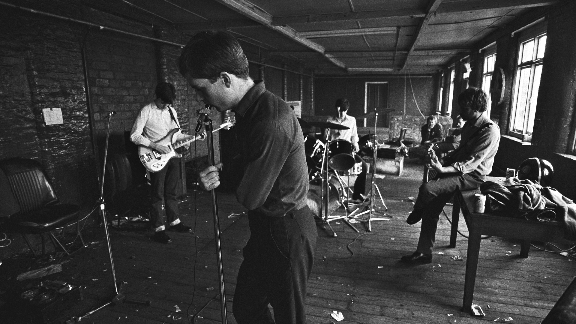 Joy Division: la band del rock alternativo compie quaranta anni di carriera
