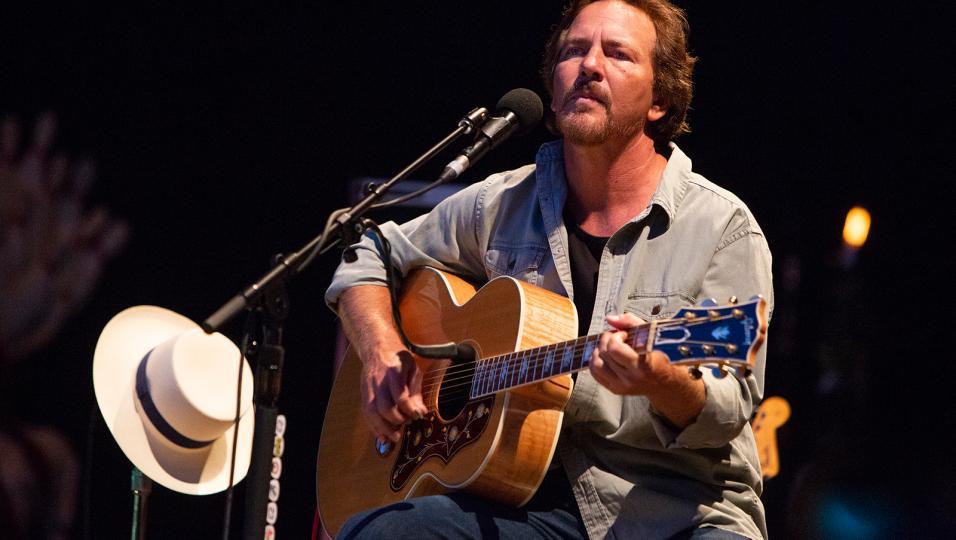 Collisioni Festival: va in scena Eddie Vedder dei Pearl Jam con un concerto di spessore