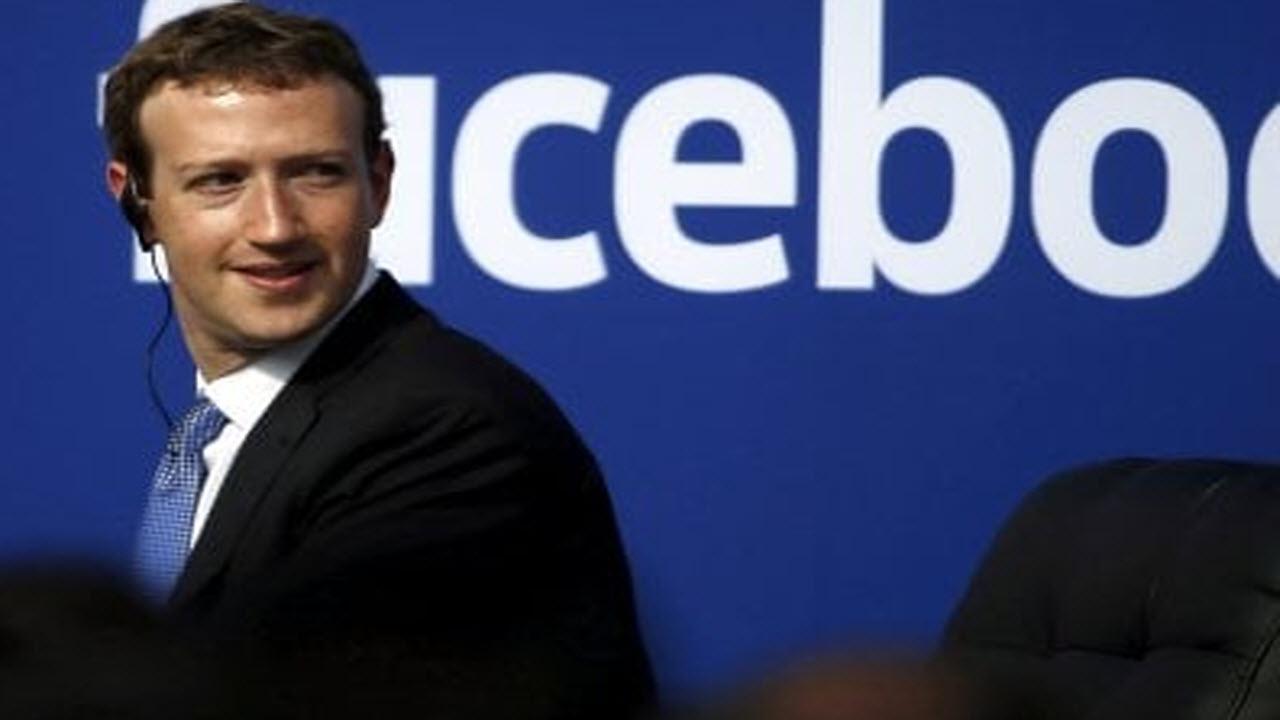 Diego Fusaro attacca 'Libra': 'Facebook può emettere moneta e l'Italia no'