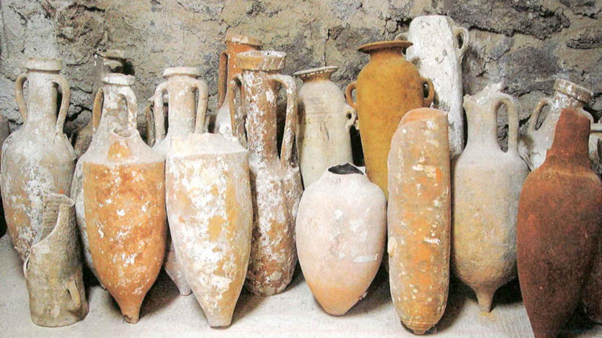 Brindisi, ritrovati resti di anfore fenicie e romane vicino al lido Oktagona