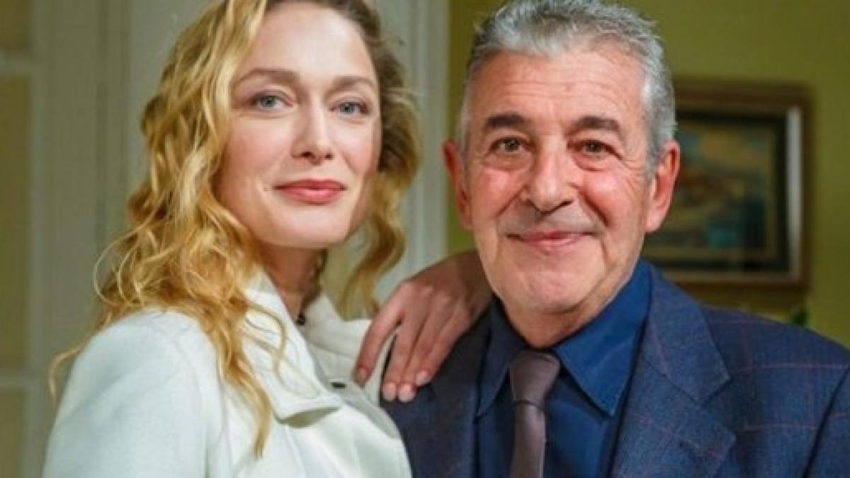 Un posto al sole puntata giovedì 27 giugno: Michele fa da mentore ai suoceri di Renato