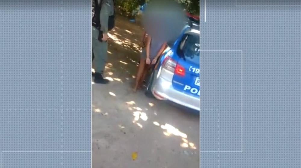 Duas adolescentes torturam e matam a facadas jovem de 14 anos