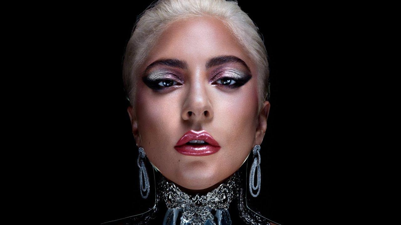 Lady Gaga lanza un impactante línea de maquillaje 'Haus Beauty'