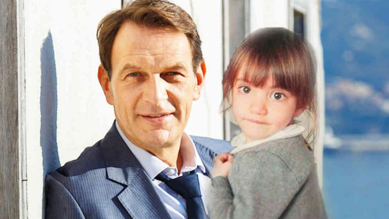 Un posto al sole, anticipazioni al 26 luglio: Roberto babysitter per 24 ore