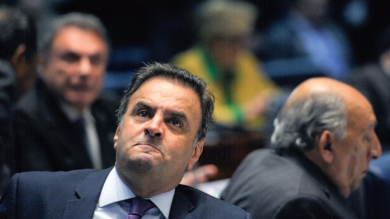 Dória e Covas cobram saída voluntária de Aécio Neves do PSDB