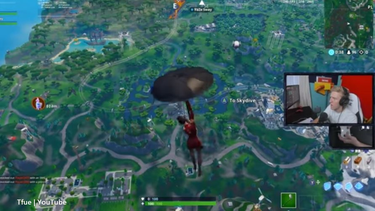 Fortnite Battle Royale Streamer Tfue Tried Out A Console Controller