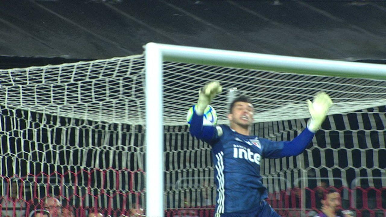 Com gol esquisito, São Paulo e Palmeiras empatam no Morumbi