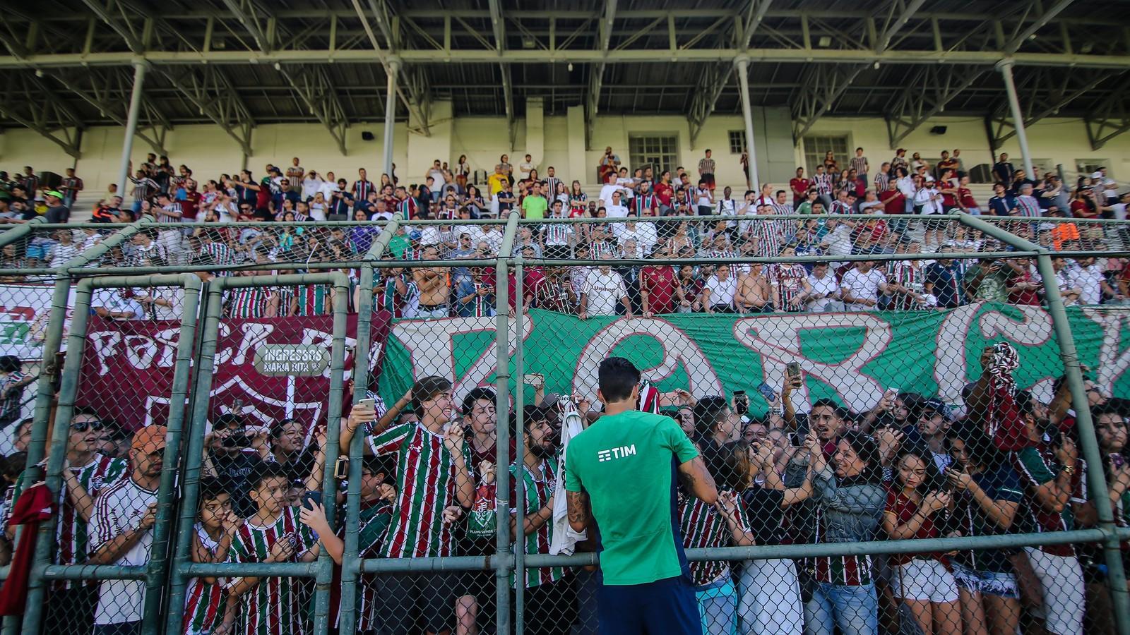 Fluminense encara Ceará para sair da zona de rebaixamento do Brasileirão