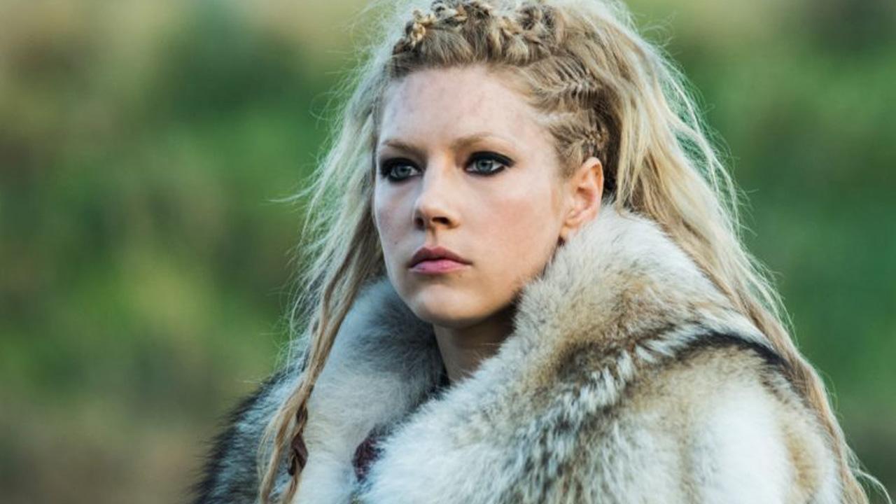 Katheryn Winnick fez uma publicação no Twitter que preocupou os fãs de 'Vikings'