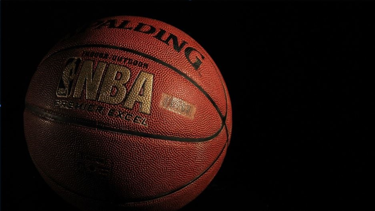 NBA 2K20 features LeBron James, Kawhi Leonard, and Giannis Antetokounmpo in top ratings