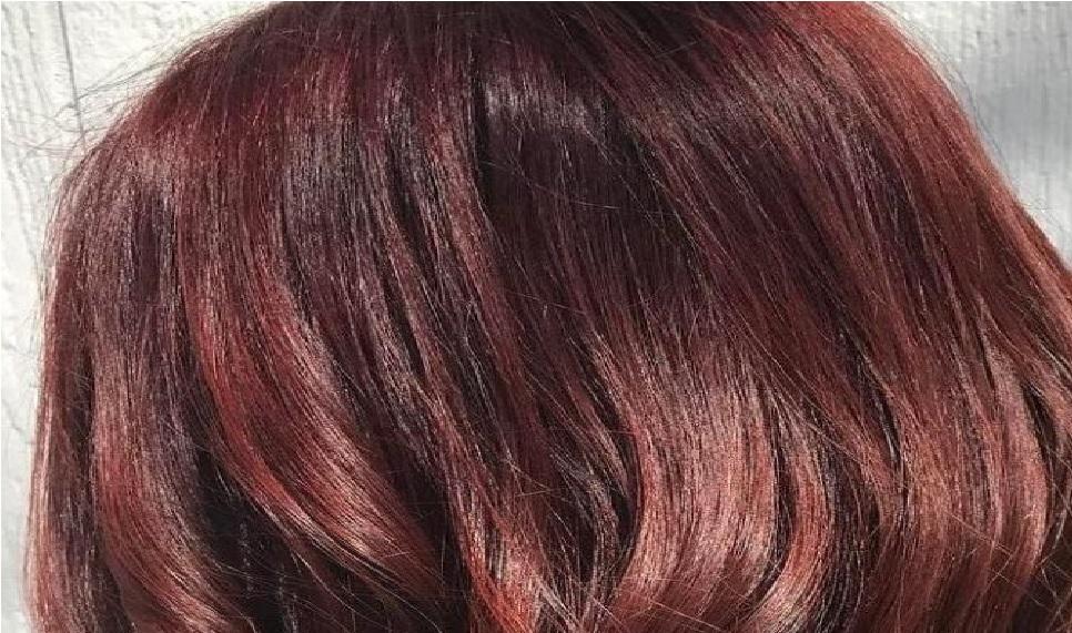 Tagli di capelli per la stagione estiva: lob e il castano