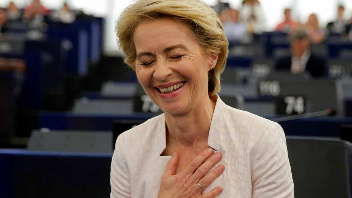 """Mario Giordano: """"Ursula Von Der Leyen ha già un'atteggiamento sbagliato verso l'Italia"""""""