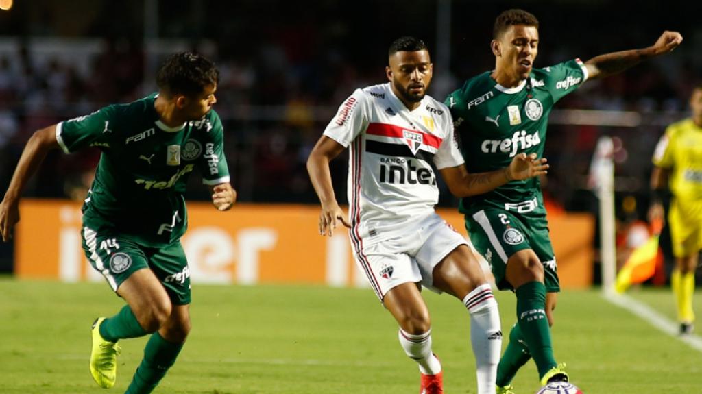 São Paulo recebe Chape buscando subir na tabela