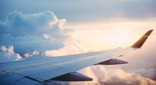 Una aerolínea pide disculpas por tuit que vincula la mortalidad con el lugar en el avión
