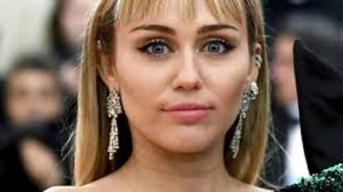 Miley Cyrus met un terme à son mariage