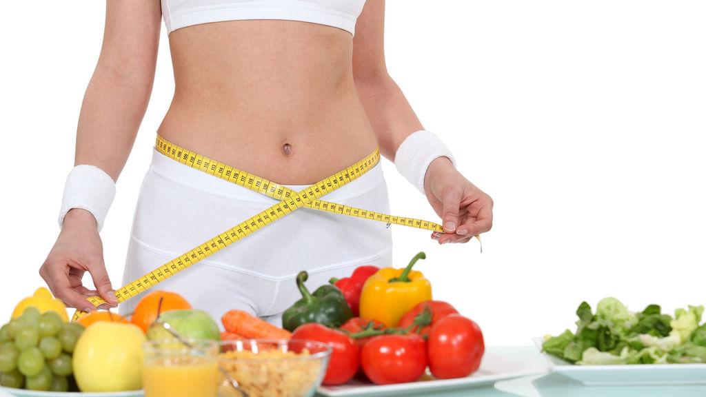 Más de la mitad de los españoles ganan peso en verano