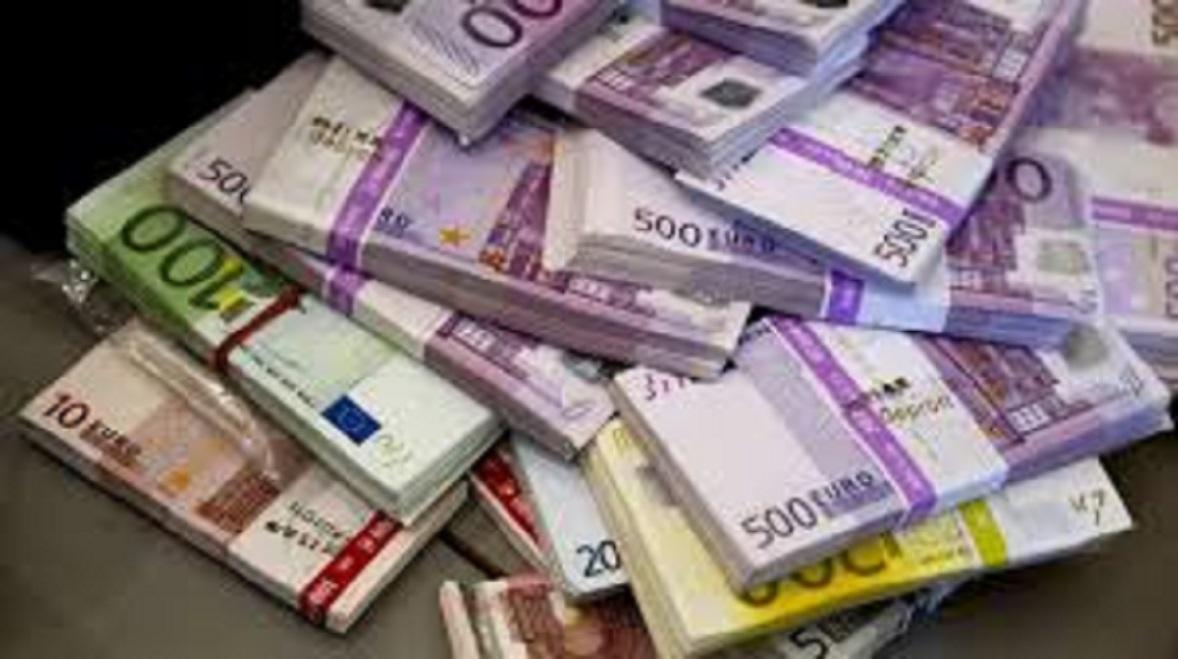 Un homme reçoit 177 000 euros par erreur et prend la fuite