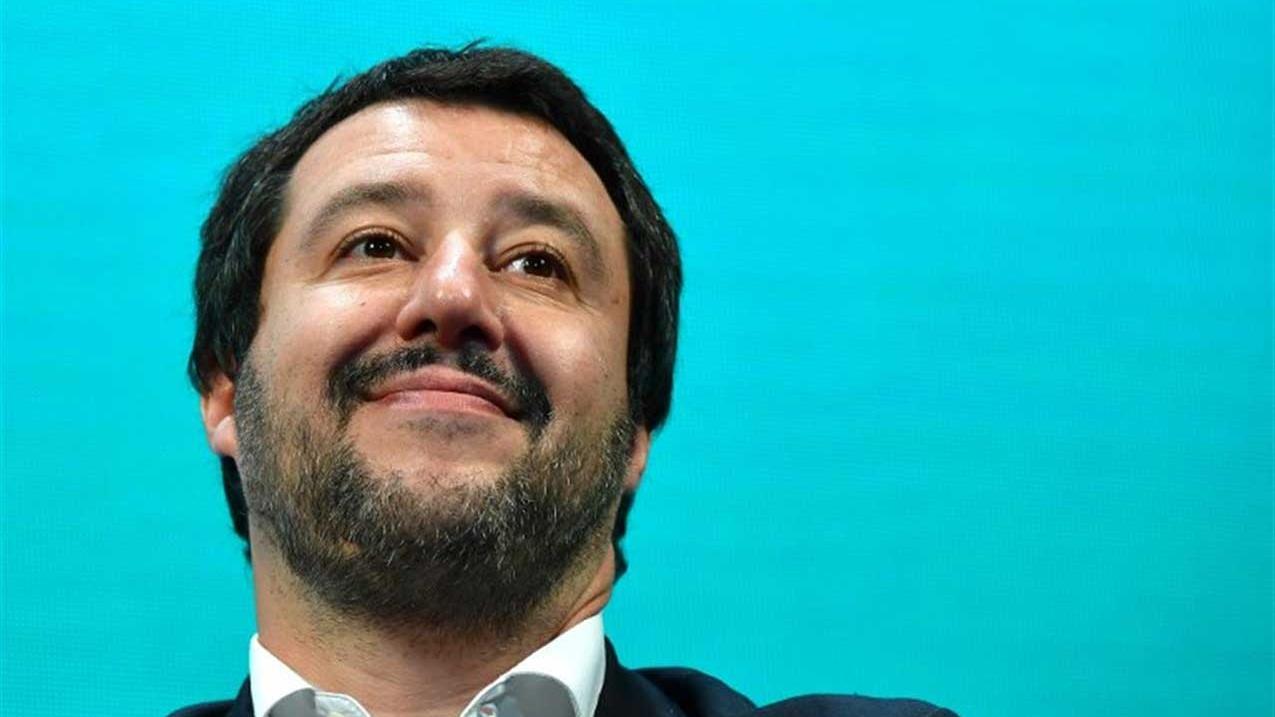 Travaglio e la Crisi di Governo: 'Se Conte non si dimette, Salvini verrà messo all'angolo'