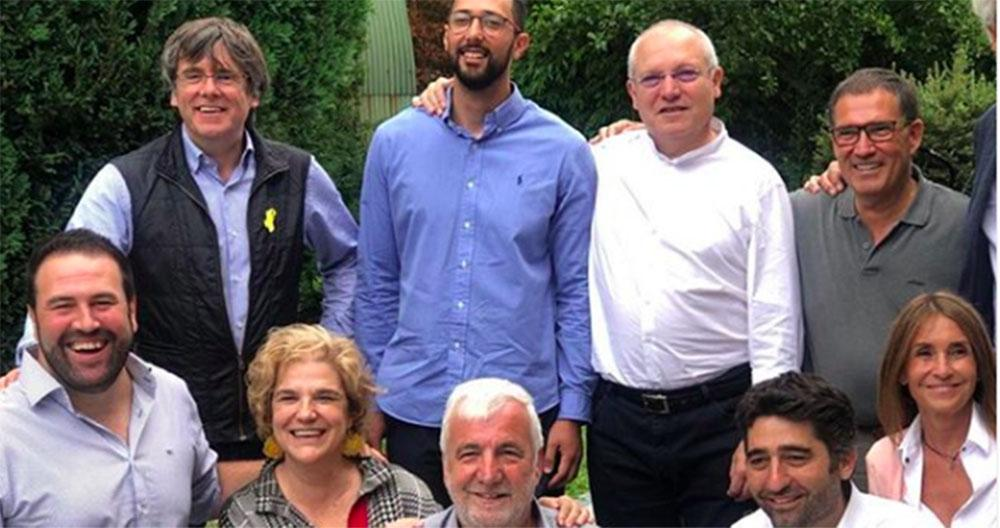 La paella de Cadaqués de Puigdemont viaja a Waterloo con Bildu y Valtonyc como invitados