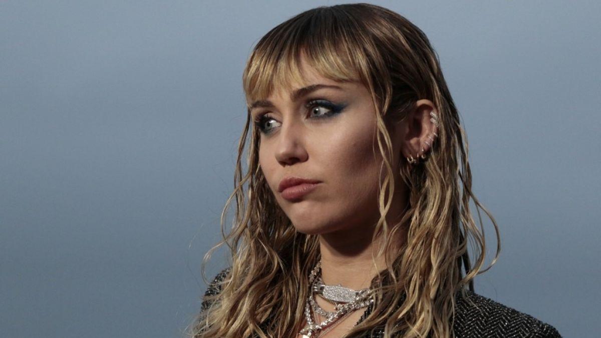 Miley Cyrus se ha separado de Liam Hemsworth para centrarse en su carrera