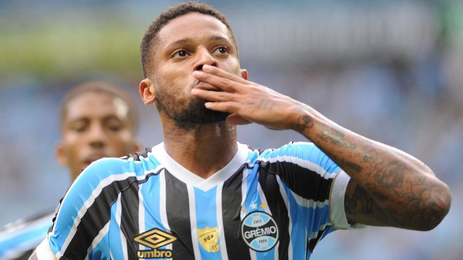 Grêmio e Athletico duelam com força máxima nesta quarta-feira