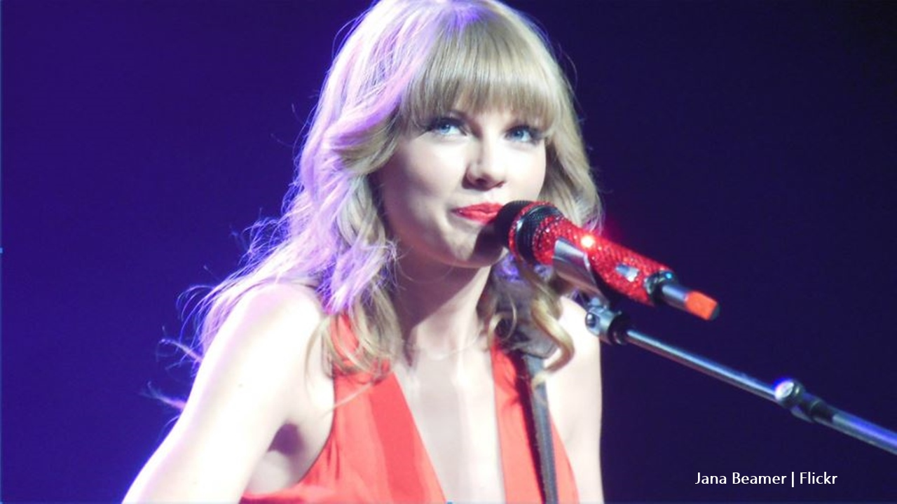 Taylor Swift releases title track 'Lover', fans rave about it