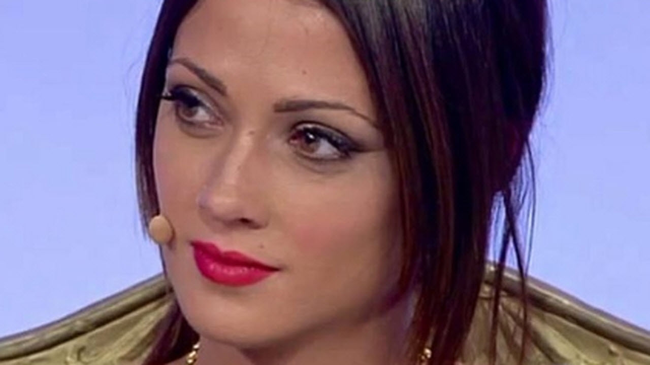 Uomini e Donne, Teresa Cilia diffidata forse dai piani alti di Mediaset