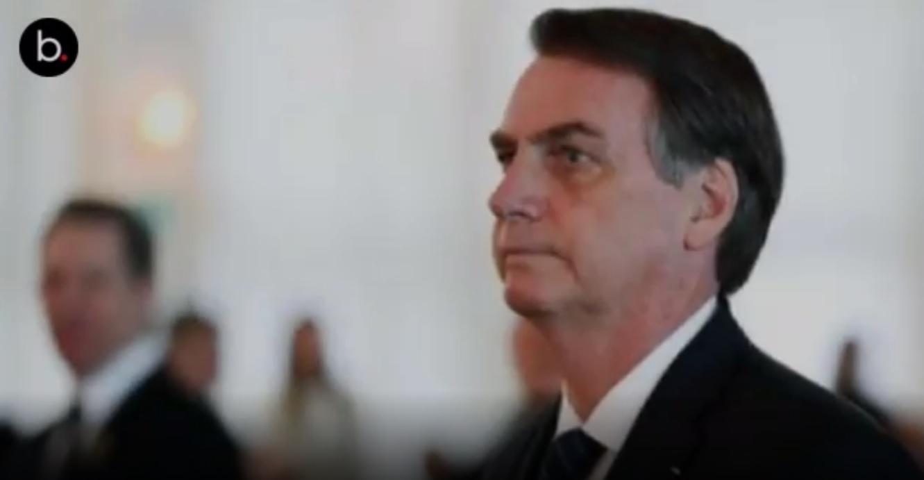 'Mentalidade colonialista', diz Bolsonaro ao rebater fala de Macron sobre Amazônia