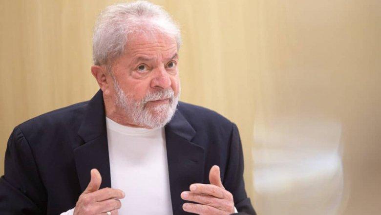 Lula move ação judicial contra mulher que ofendeu o seu neto