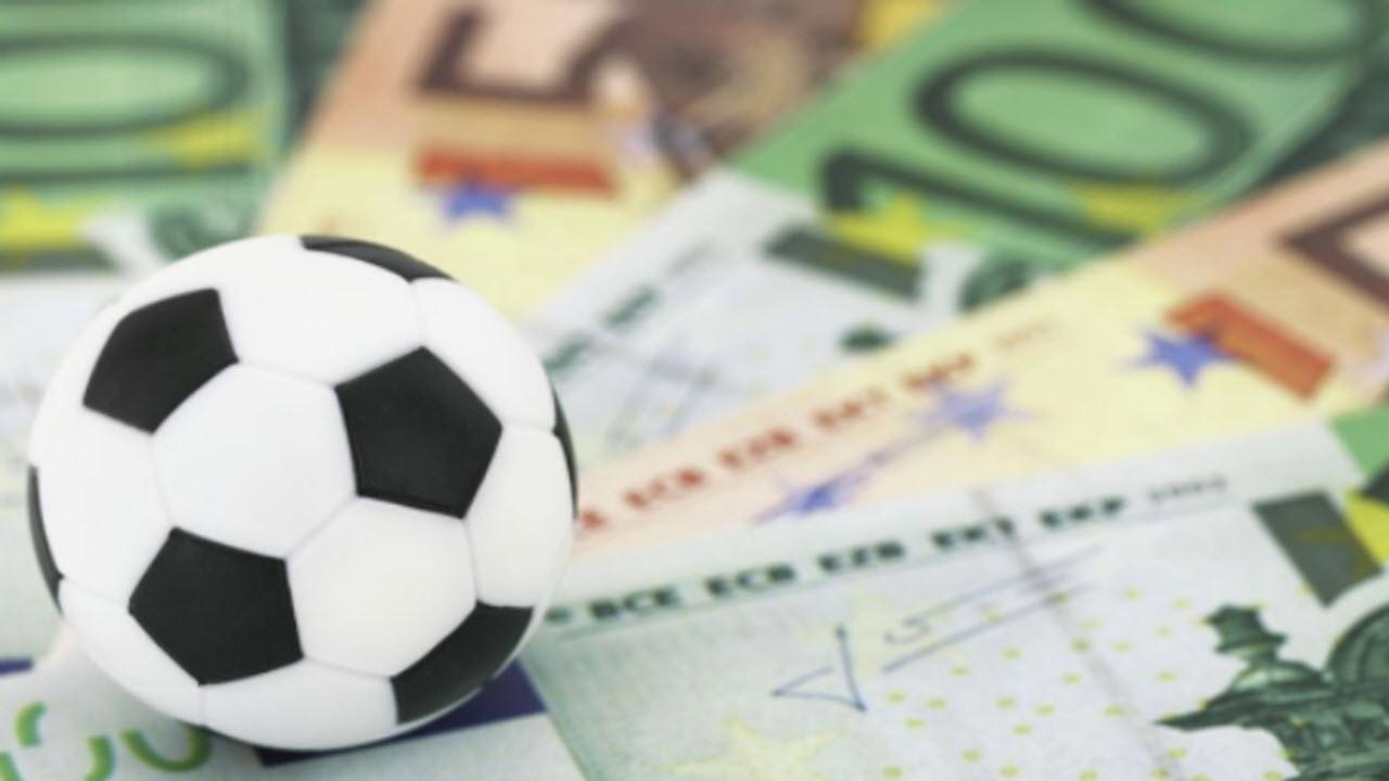 Calciomercato Juventus, al Barcellona interesserebbe Emre Can