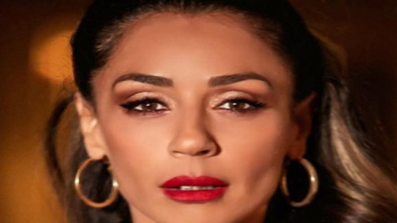 Raffaella Mennoia parla ai suoi fan su Istagram: 'la verità rende liberi'