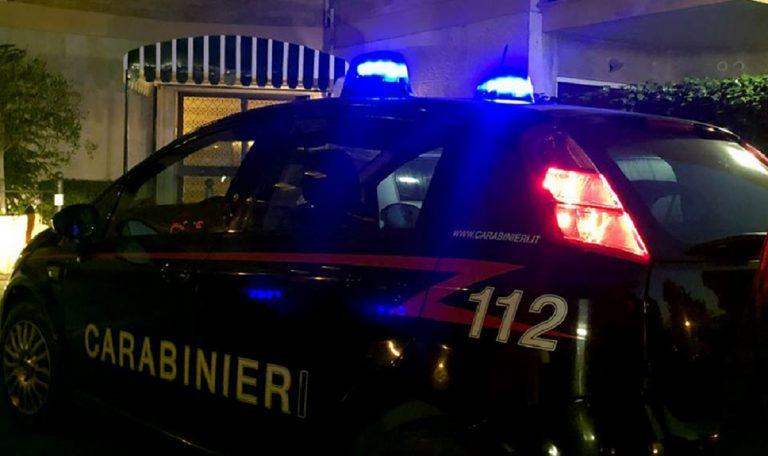 Calabria: schianto sulla strada statale 106, un motociclista si scontra con un'automobile