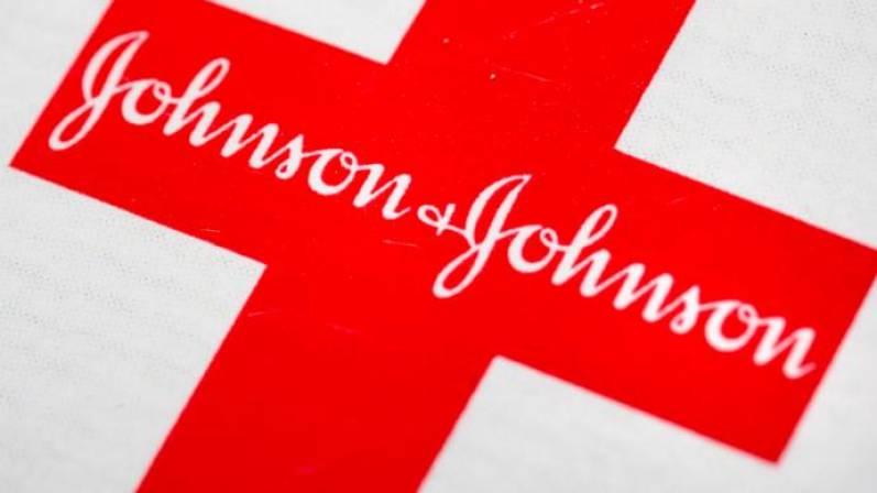 Johnson & Johnson es condenada a pagar 515 millones de euros por la crisis de opioides