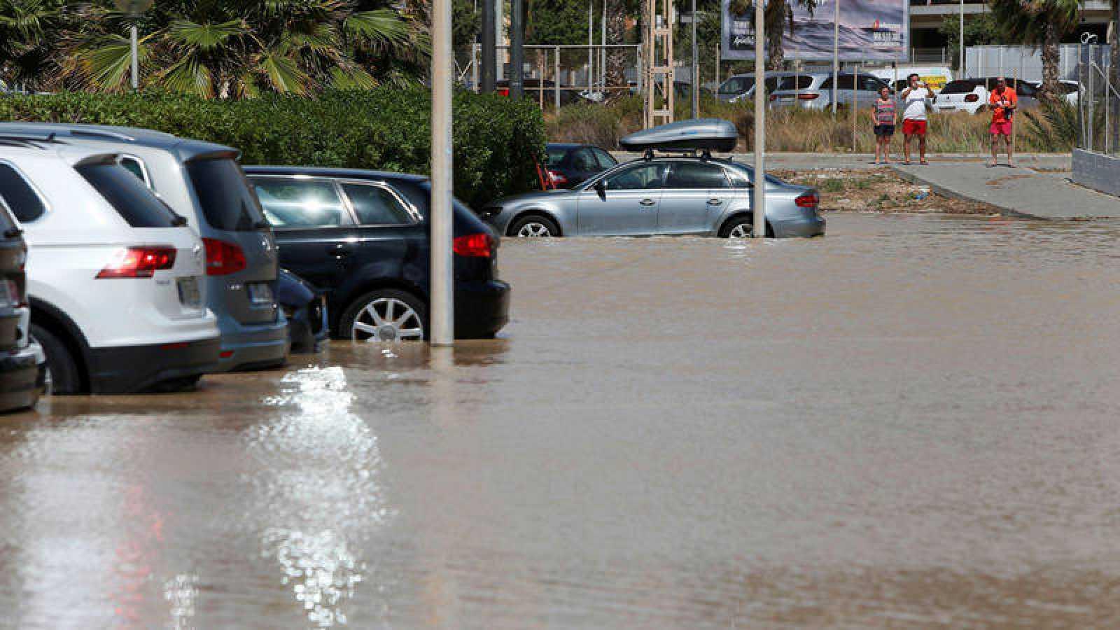 Una fuerte tormenta de lluvia y granizo sorprende a la Comunidad de Madrid