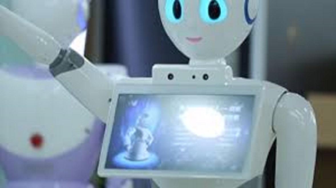 Chine : Des robots infirmiers examinent les écoliers
