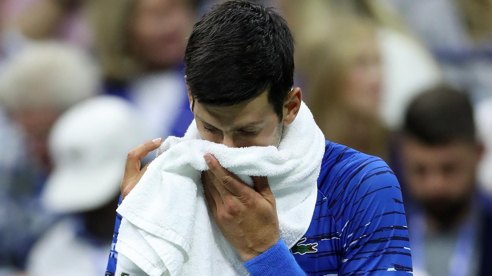 Djokovic abandona el US Open tras lesionarse ante Wawrinka