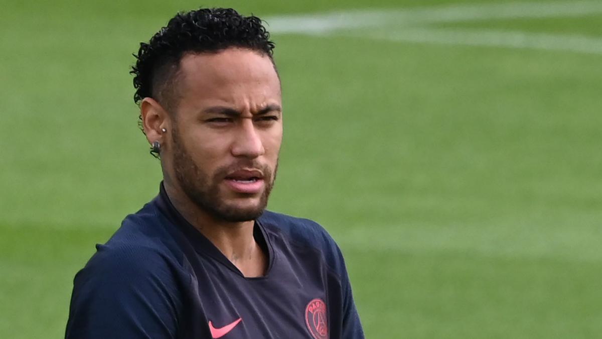Venda de Neymar não ocorreu por 'birra', diz jornalista