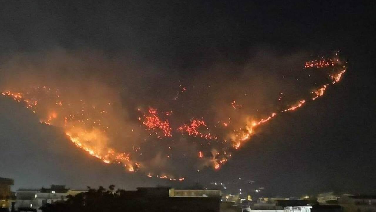 Domato l'incendio a Sarno. Il Sindaco: 'Doloso al mille per mille'