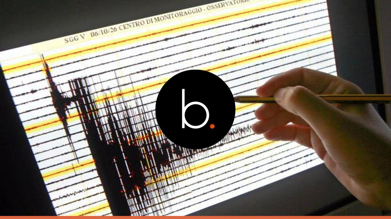 Terremoto in Puglia, forte scossa di 5.8 magnitudo a Brindisi: paura tra la gente