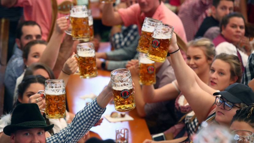 The 186th Oktoberfest beer festival kicks off in Munich